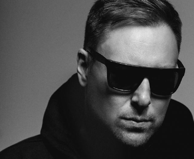 UMEK & JON RUNDELL ACCUTRON 02 Intec Night